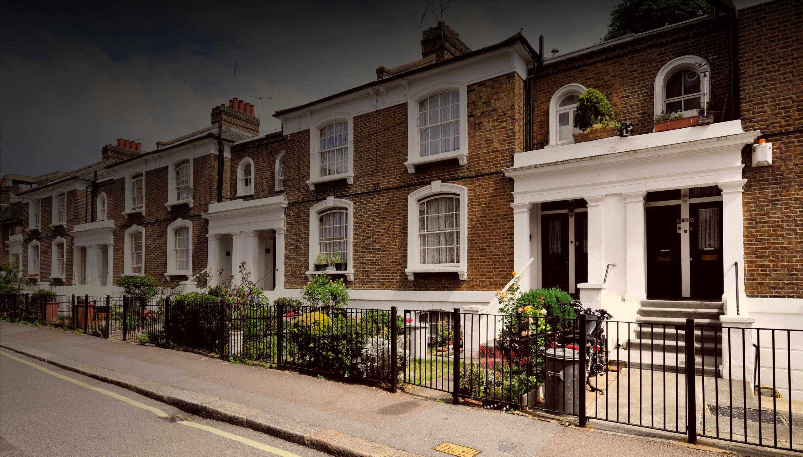 real estate agent british